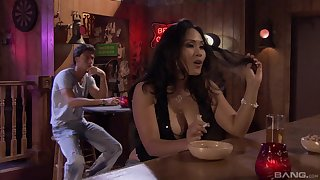 Jessica Bangkok and the brush wild new vfriend enjoy fuck in the night bar