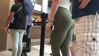 Candid Teen Butts at hand Leggings Comp - Part 3