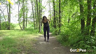 Slim temptress Nicolette Noir is an cogitate over catching outdoor piss enthusiast