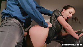 Wearing latex top curvy nympho Teressa Bizarre enjoys good banging