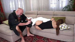 Student tenant Sarah Cute gets intimate with old landlord
