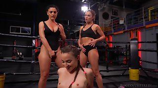 Fit gals with banging booties start a cat fight and things turn sexual