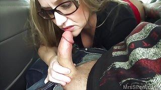 Hot curvy MILF hard sexual intercourse in the car