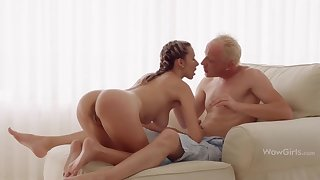 WOWGIRLS, Super Stained Joanna Lets the Guy Fuck Her Painless He Wants